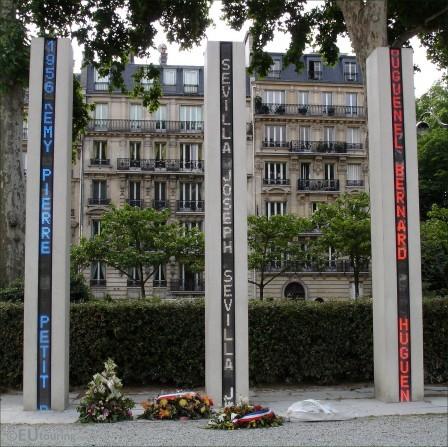 Nicolas Sarkozy a tort d'entretenir la guerre des mémoires