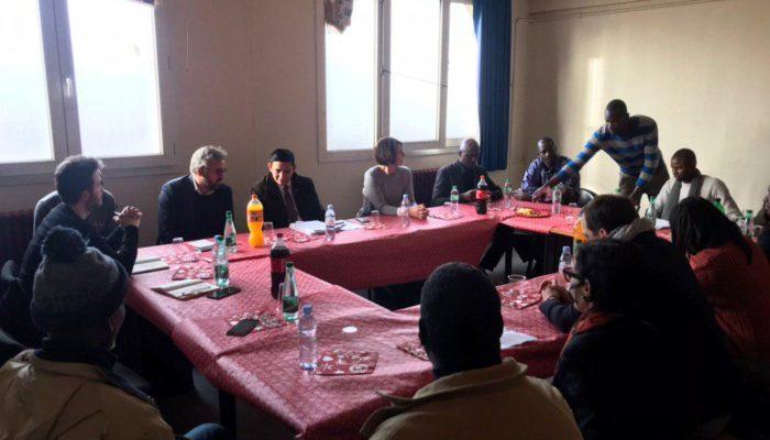 Montreuil : Réunion sur les conditions d'hébergement du foyer Rochebrune